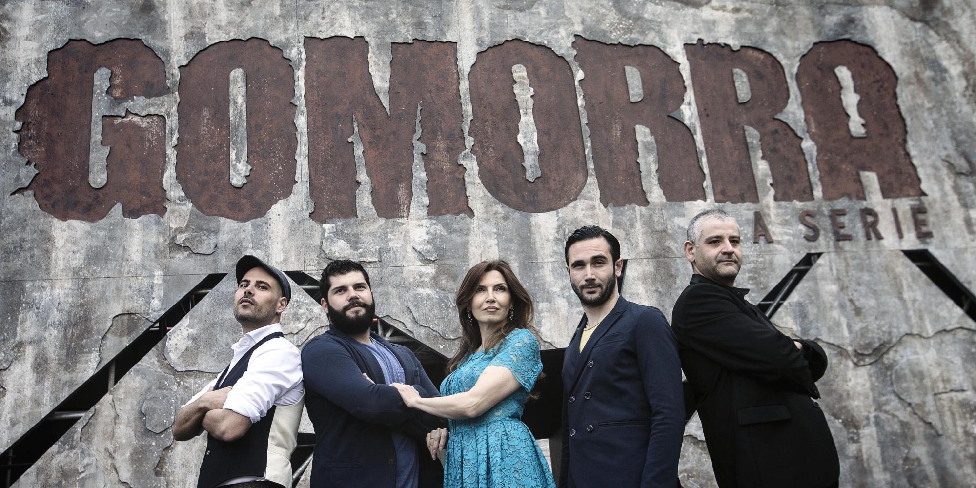<p>Alcuni dei protagonisti di <em>Gomorra - La serie</em>, prima stagione (2014)</p>