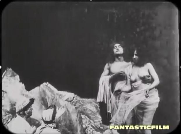 fig. 3 Francesca a seno nudo nell'episodio diVisioni dell'Inferno