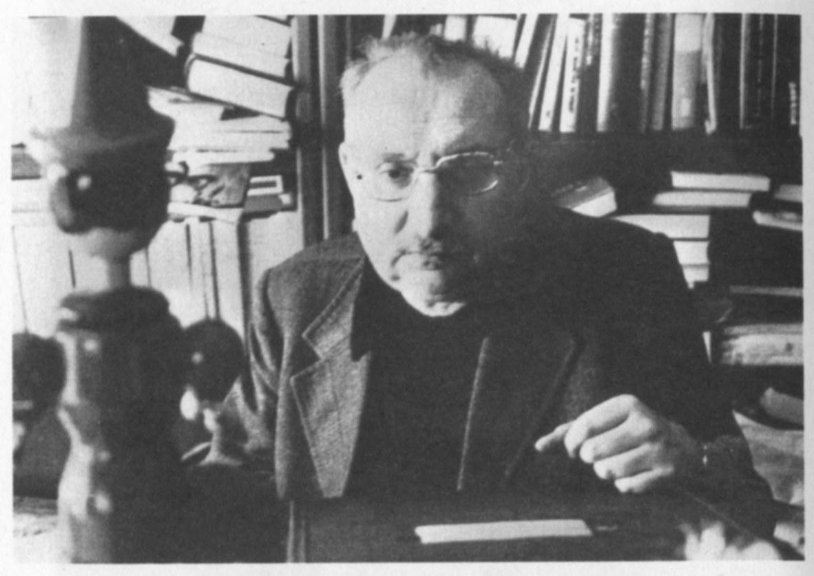 Fig. 3. Manganelli e il suo Pinocchio, anni 70