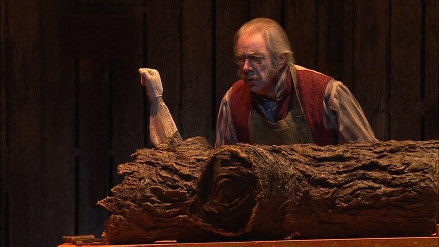 Fig. 4. «Make me! Make me! Make me!» (Sadler's Wells Theatre di Londra, 2008)