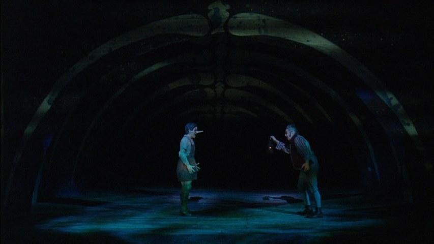 Fig. 7. L'agnizione nel ventre della balena (Sadler's Wells Theatre di Londra, 2008)