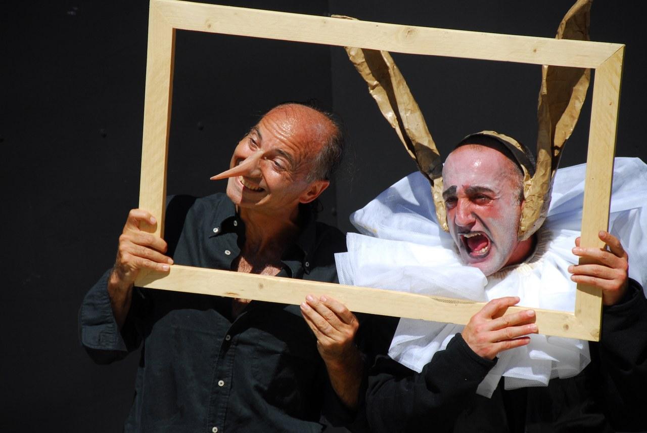 Fig. 1. Compagnia della Fortezza, Pinocchio. Lo Spettacolo della Ragione, regiadi Armando Punzo (Casa di Reclusione di Volterra, 2007), foto di Stefano Vaja