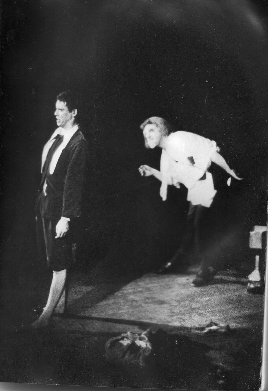 Fig. 4. Pinocchio, Torino, Teatro Alfieri, 1966, in G. Livio, Minima Theatralia: un discorso sul teatro, Tirrenia Stampatori, Torino, 1984