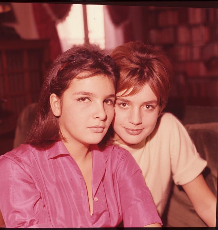 Fig. 7 Catherine e la sorella Agnès, 1960, © Museo nazionale del cinema-Torino; Centro sperimentale di cinematografia, Cineteca nazionale – Roma