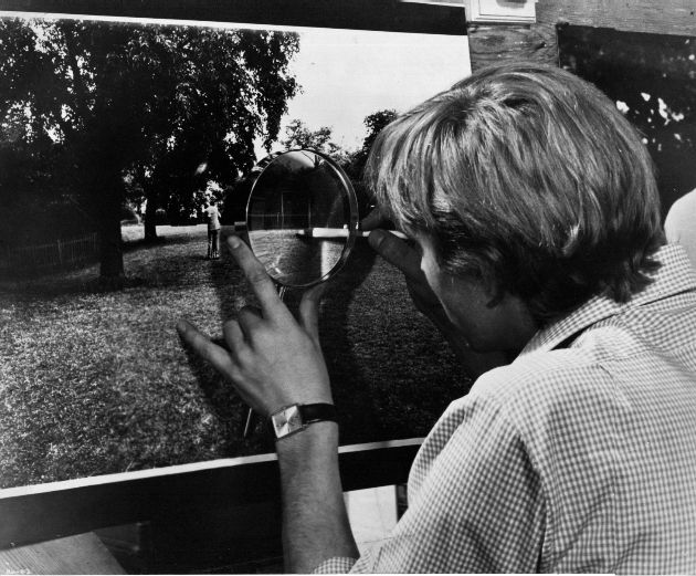 Fotogramma da Blow up (1966) di Michelangelo Antonioni