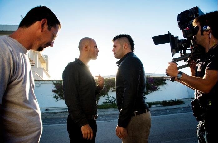 Le riprese in esterna di una scena con Ciro (Marco d'Amore) e Genny (Salvatore Esposito). Foto di Emanuela Scarpa