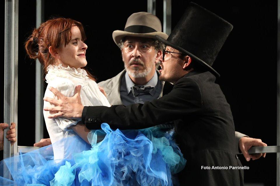 C. Minasi, G. Cesale e G. Carullo in Marionette, che passione! (foto di A. Parrinello)