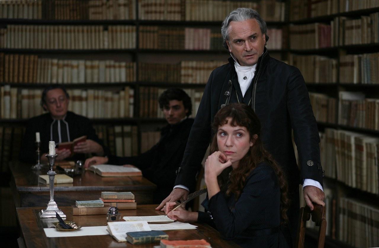 Massimo Popolizio in una scena del film Il giovane favoloso