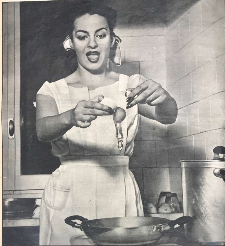 Yvonne Sanson casalinga di lusso su Oggi (a. VII, n. 25, 1951, p. 40)