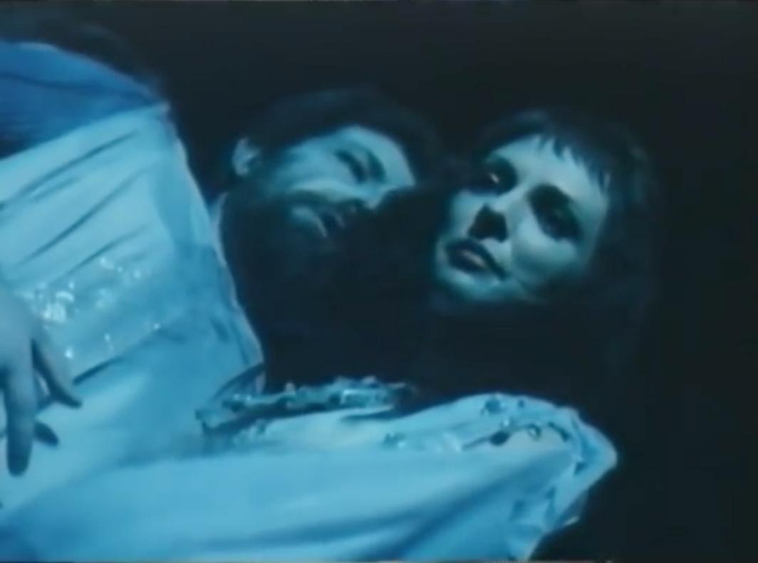 Fig. 8 Il riflesso nel lago di lacrime. Michael Powell, Herzog Blaubarts Burg, 1963.