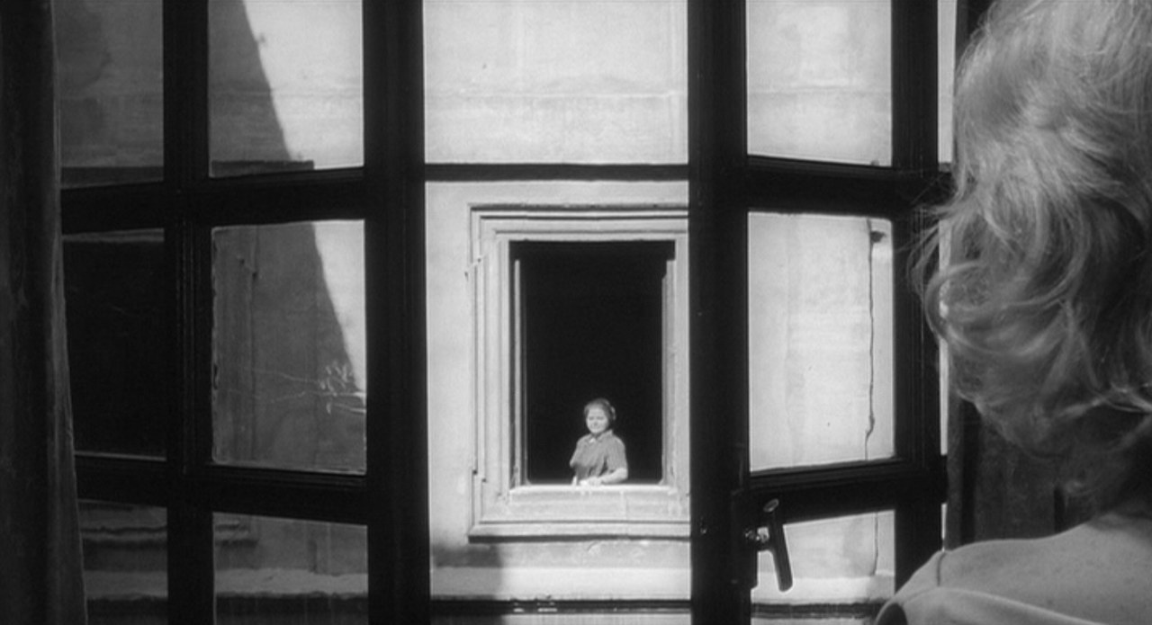 Monica Vitti nel film L'eclisse di Michelangelo Antonioni, 1962
