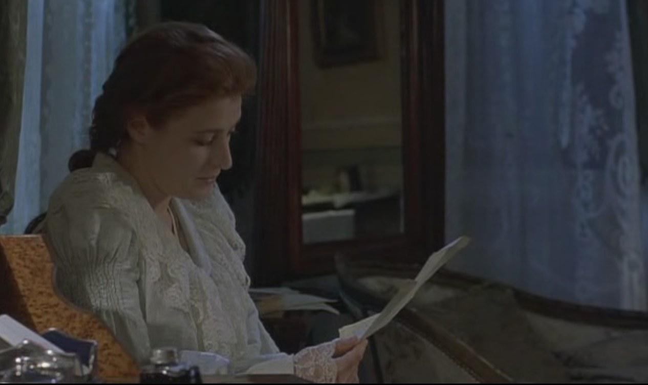 Valeria Bruni Tedeschi nel film La balia di Marco Bellocchio, 1999