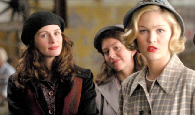 Julia Roberts nel film Monnalisa Smile di Mike Newell, 2003