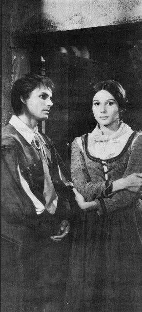 Fig.2 Paola Pitagora è Lucia Mondello nei Promessi sposi di Sandro Bolchi (1967)