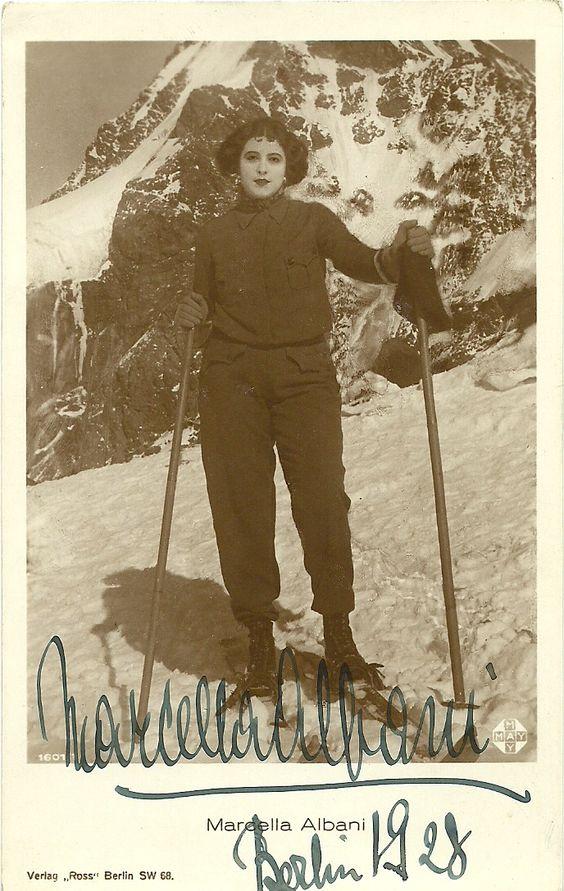 """Fig. 8 Marcella Albani sugli scii, Berlino 1928, Verlag, """"Ross"""", Berlin SW 68"""