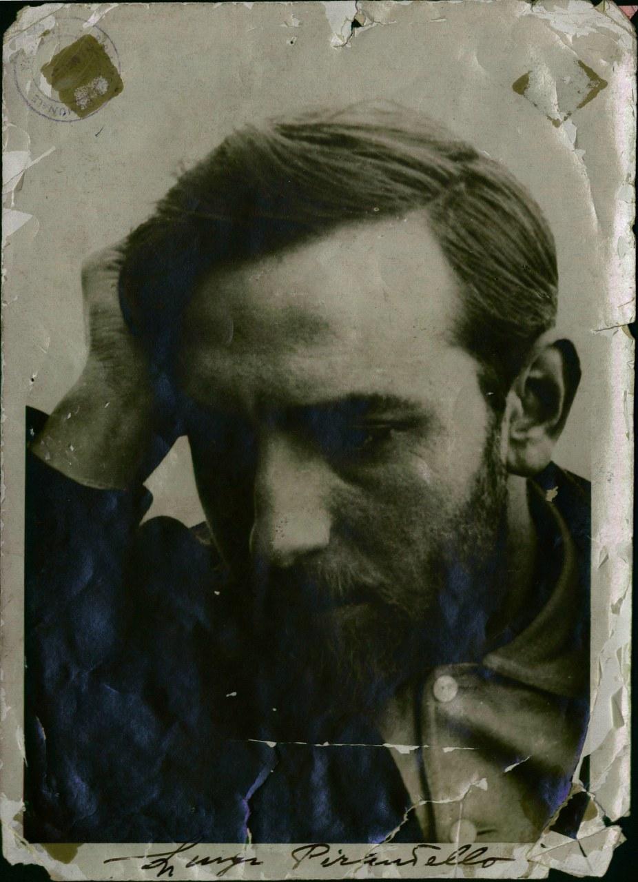 Luigi Pirandello, 180x129, n. 3977/2