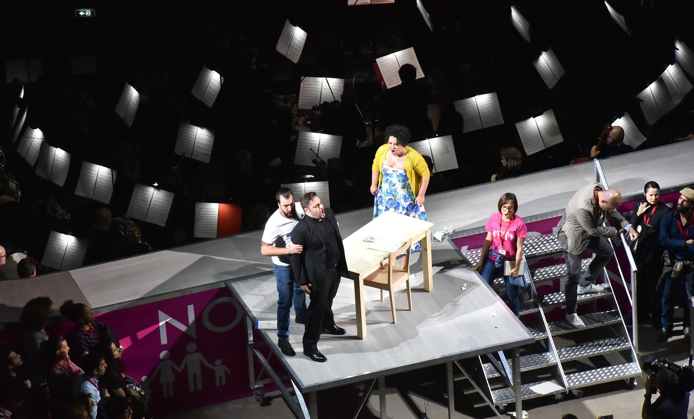 Giovanni Sala (Raffaele), Luciano Ganci (Stiffelio), Maria Katzarava (Lina), Cecilia Bernini (Dorotea), Blagoj Nacoski (Federico di Frengel), © Roberto Ricci