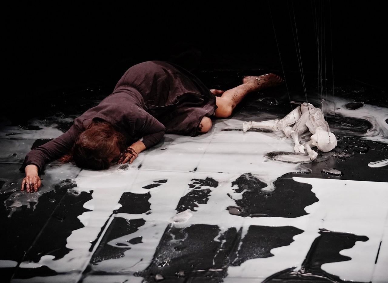 Théâtre de L'Entrouvert, Anywhere ©CHUNGYOUSUK_SPAF