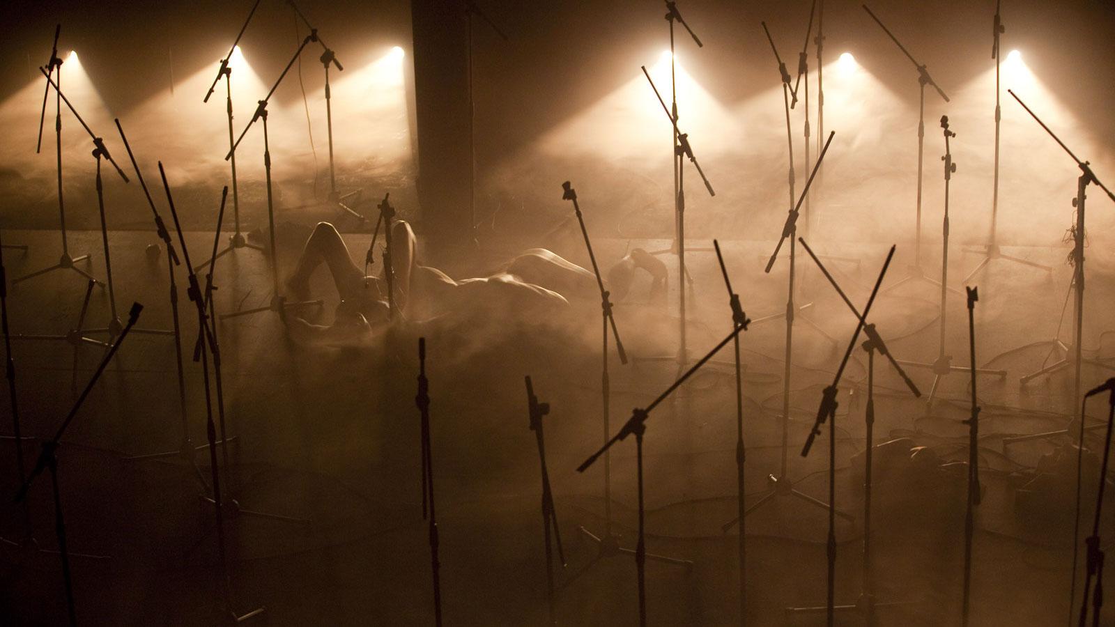 Tutto ciò che è grande è nella tempesta, regia Andrea De Rosa, 2011 ©Marco Ghidelli