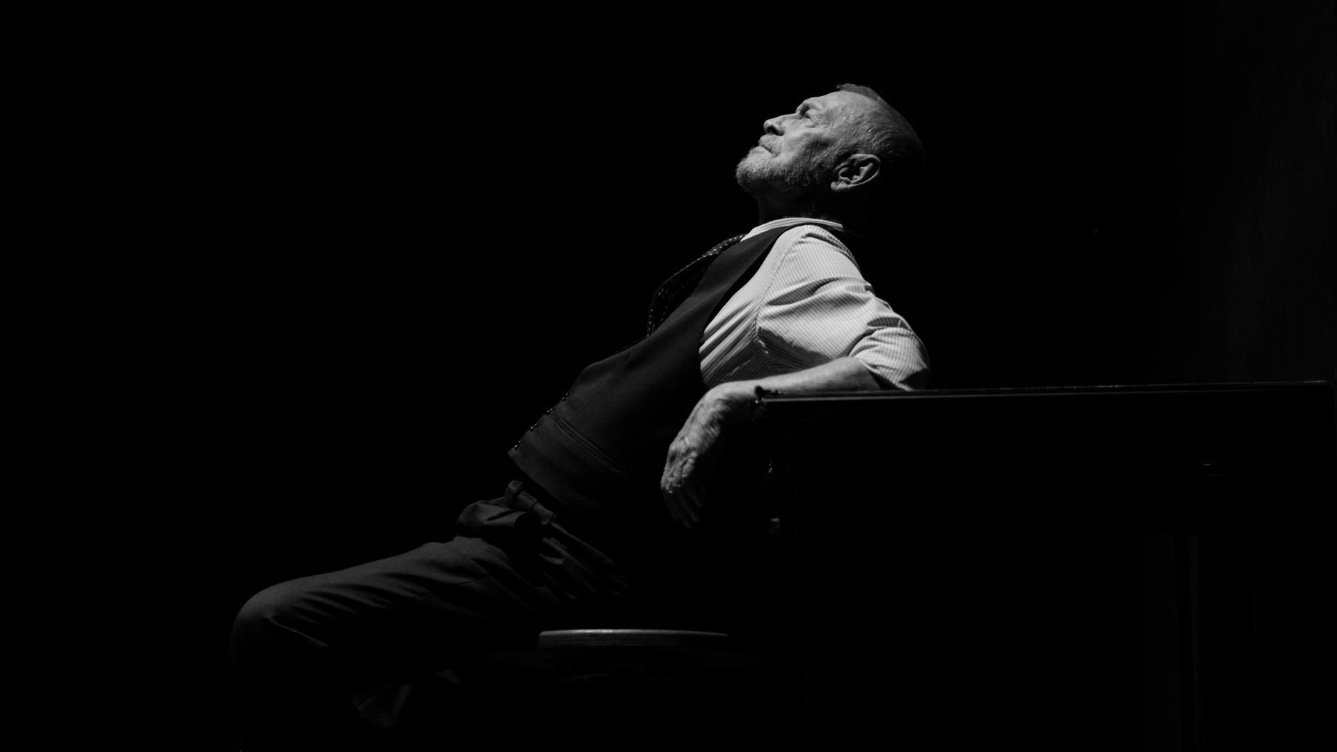 Teatropersona, Il costruttore Solness, 2019, regia, scene, luci, costumi di Alessandro Serra; foto di Alessandro Serra