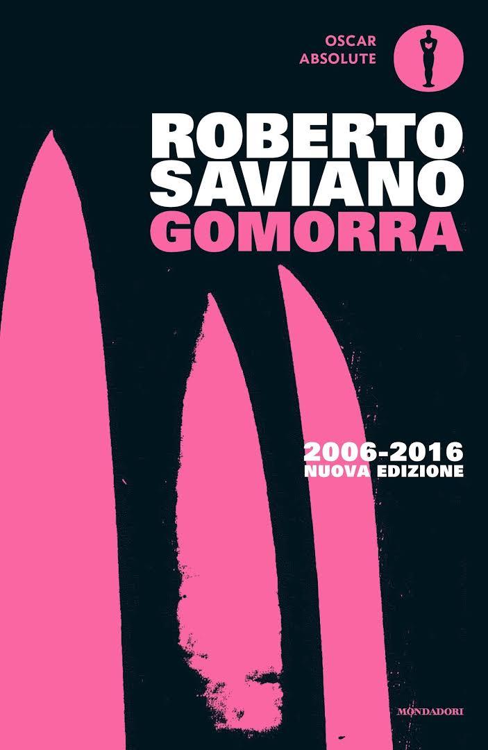 La cover dell'edizione del decennale di Gomorra (Mondadori 2006-2016)