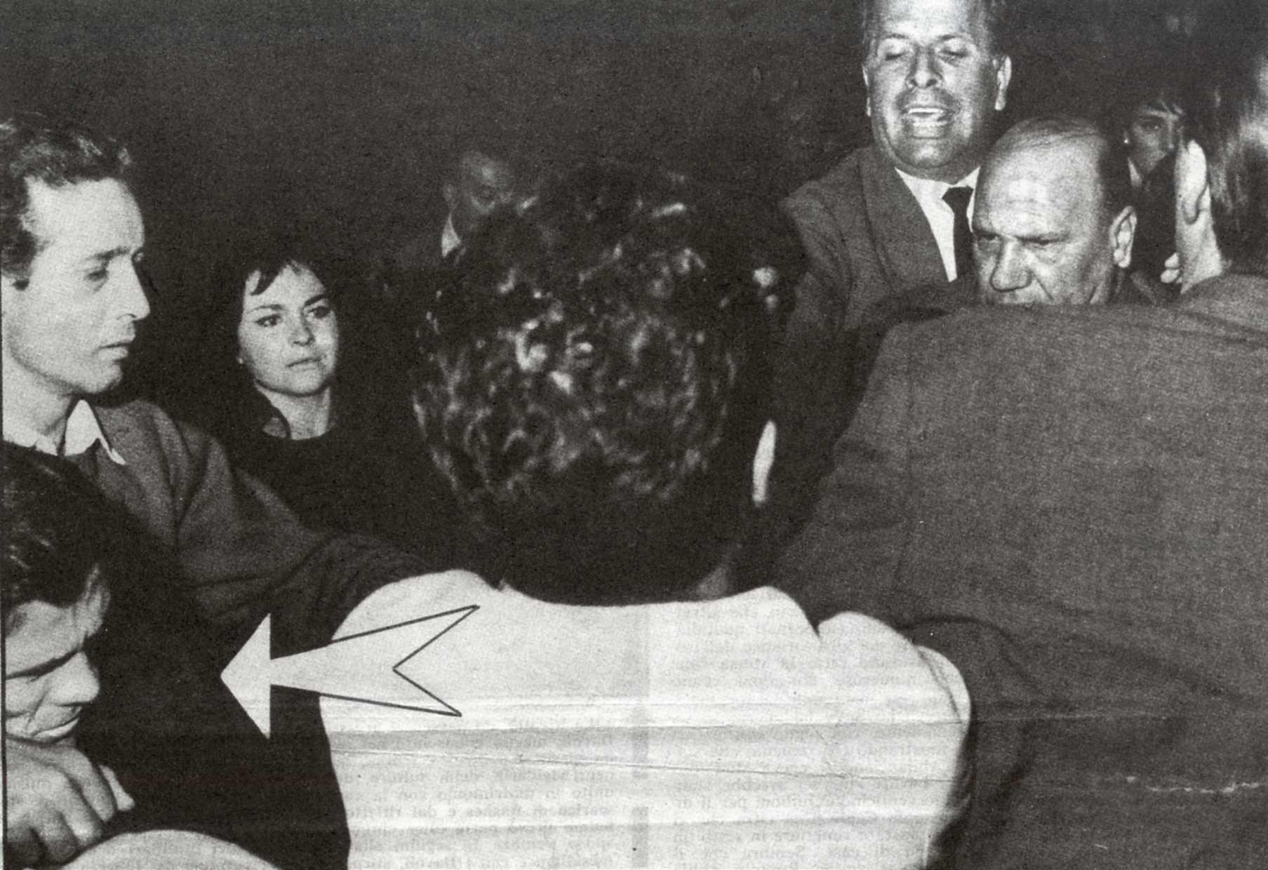 Pier Paolo Pasolini prende a schiaffi uno studente di estrema destra (1962)