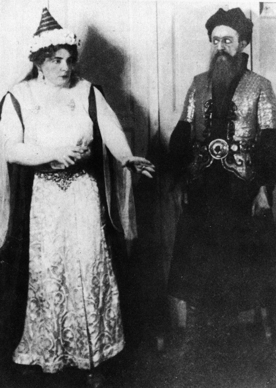 Olga Haselbeck e Oszkár Kálmán nella prima rappresentazione dell'opera di Bartók Il castello di Barbablù, 1918 (Wikimedia Commons)