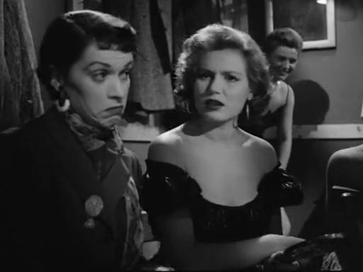 Franca Valeri in Villa Borghese - episodio Concorso di bellezza di De Sica, Franciolini, 1953