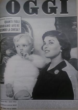 Lucia Bosè nella copertina di Oggi, 5 dicembre 1957