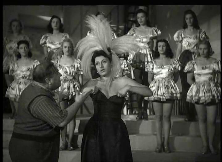 Anna Magnani in Teresa Venerdì di Vittorio De Sica, 1941