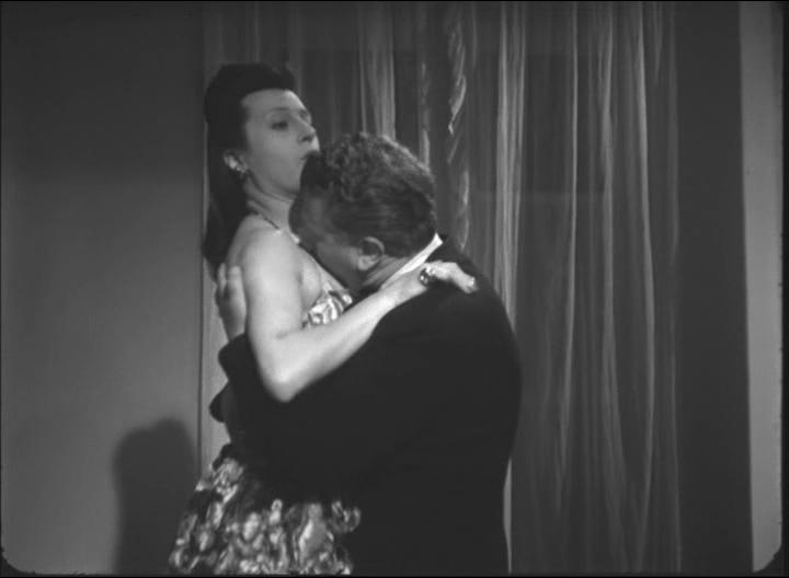 Anna Magnani in Quartetto pazzo di Guido Salvini, 1944-1945