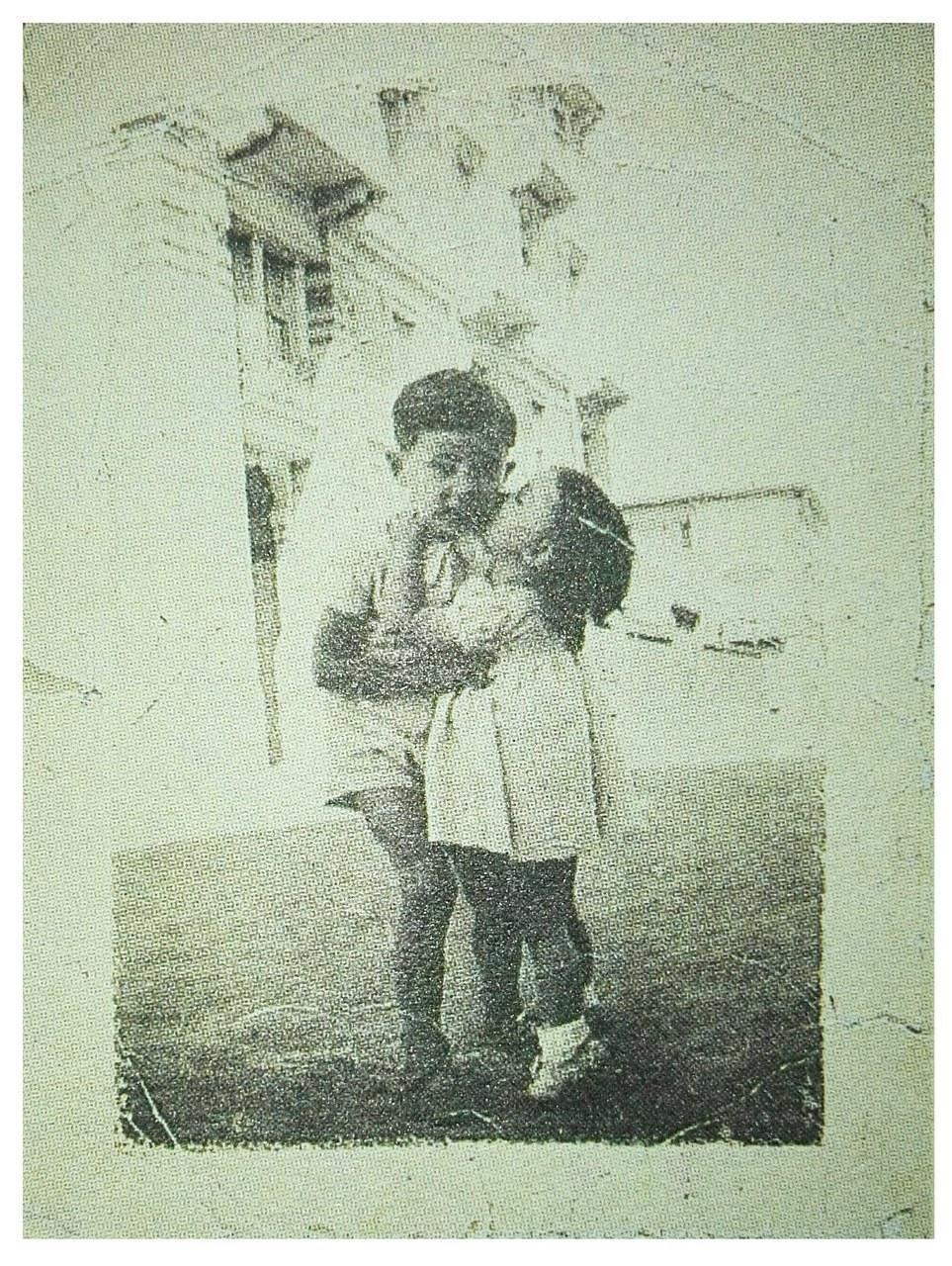 foto da collezione privata dell'autore, da La misteriosa fiamma della regina Loana, p. 273