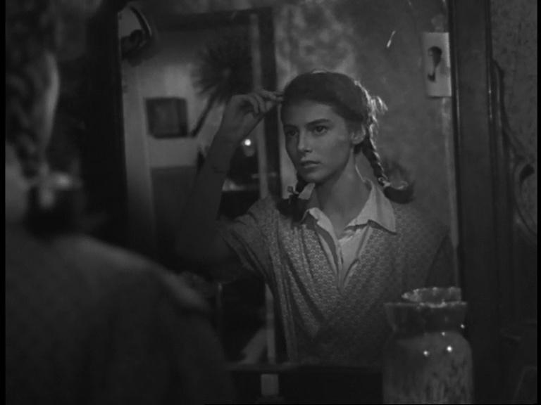Ingenua ragazzina in Domani è troppo tardi diLéonide Moguy, 1950