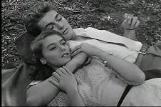 Inquieta collegiale in Domani è un altro giorno diLéonide Moguy,1951