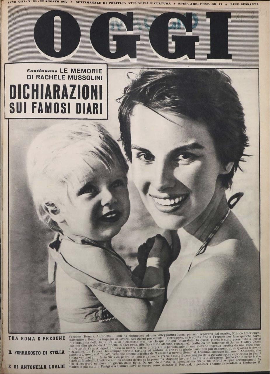 Antonella Lualdi e la figlia Stella in vacanza sulla copertina di Oggi, 1957