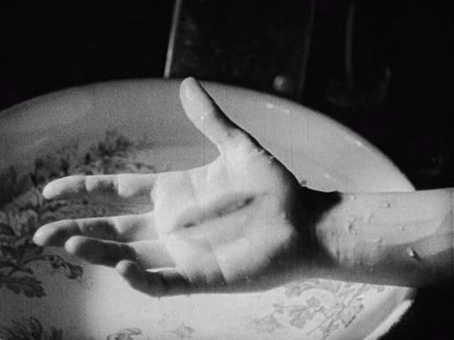 Frame dal film Le Sang d'un poèt, Cocteau, 1932