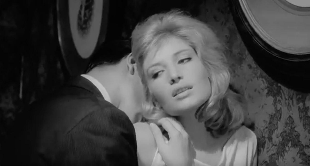 Monica Vitti in una scena de L'eclisse di Michelangelo Antonioni, 1962