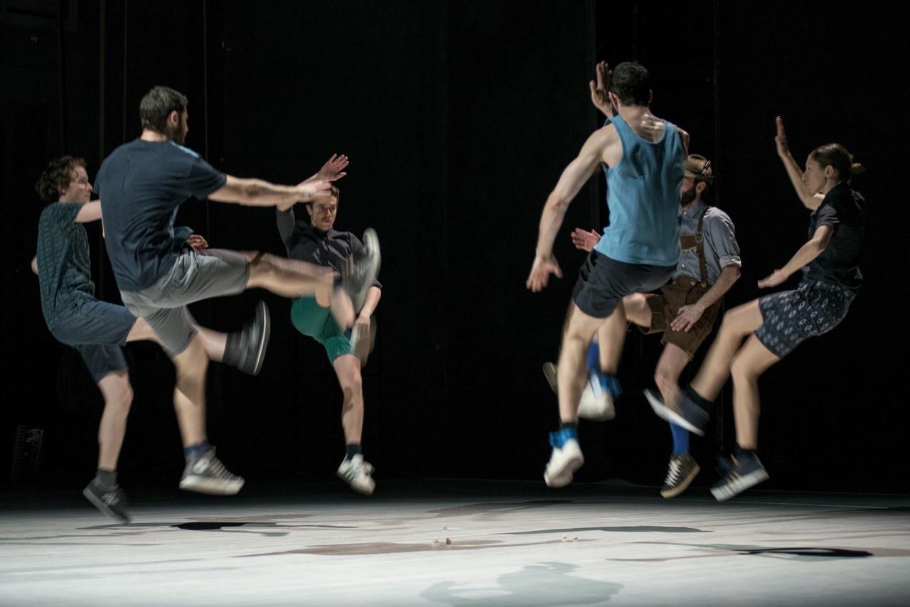 Folk-s, Alessandro Sciarroni, 2012, foto di Andrea Macchia