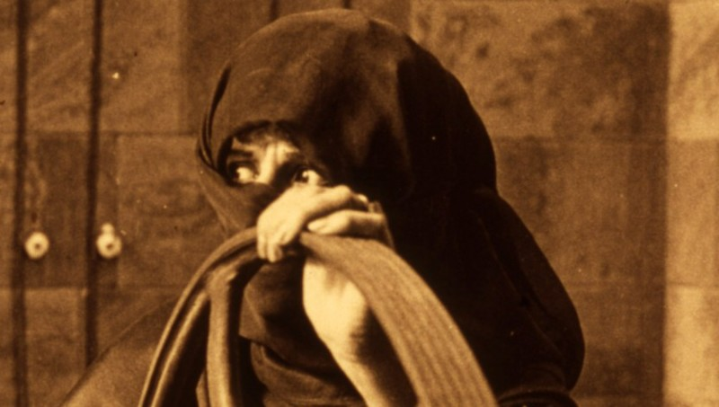 Valentina Frascaroli in L'uomo meccanico, di Andrée Deed (1921)