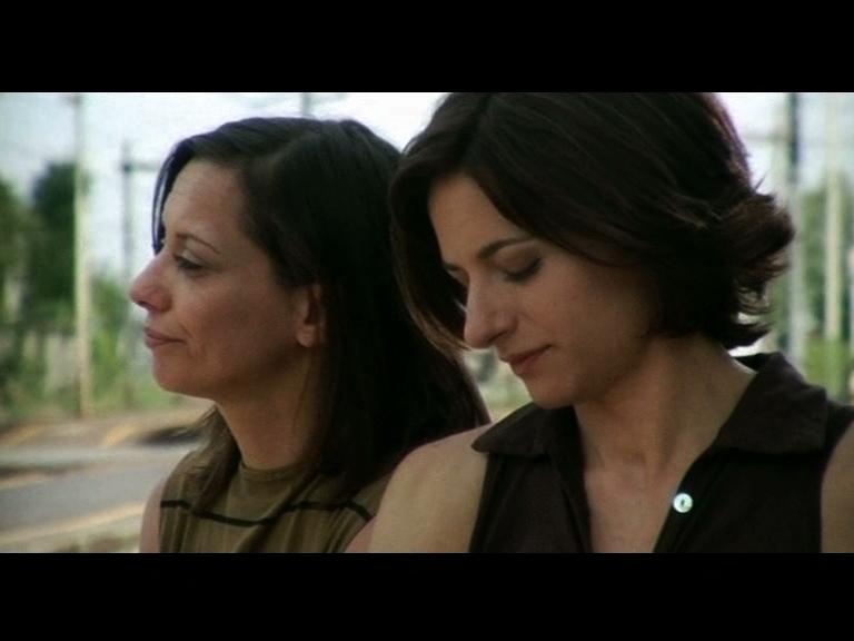 Il dialogo tra sorelle Come l'ombra di Marina Spada, 2006