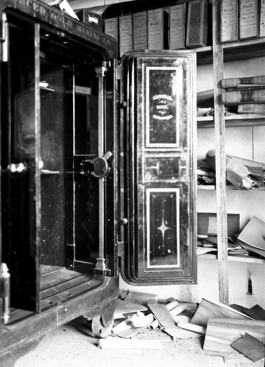 Foto EC.7.2.022, Archivio Contemporaneo del Gabinetto Vieusseux. Pubblicata in Messico come foto n. 5.